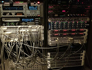 RECORDING EFX RACKS.jpg