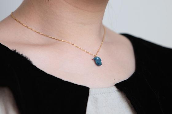 laboratorium mineralogical necklace