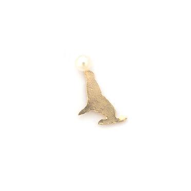 laboratorium pearl figure posts sea lion