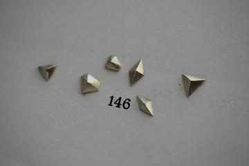 •geometric pyramid posts
