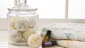 DIY: FIZZING BATH BOMBS