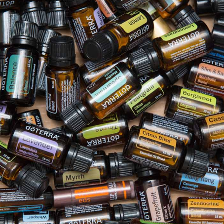 Describe a Scent: A Guide to Blending Essential Oils