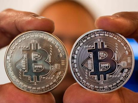 Akon: Bitcoin better than 'Military-Backed' US Dollar