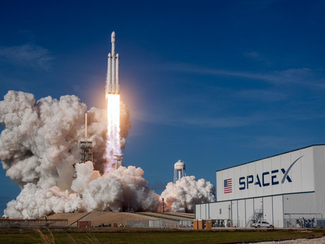 Users Of Decentraland Watched The Historic SpaceX Launch