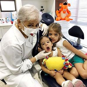 Dra Walmira Odontopediatra