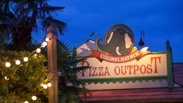 Colonel Hathi's Pizza Outpost: The Bare Necessities at Disneyland Paris