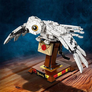 LEGO Harry Potter Hedwig Display Set