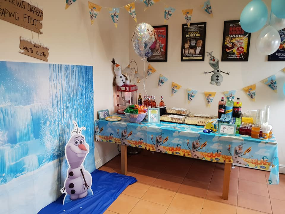 An Olaf themed birthday party