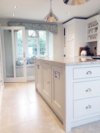 kitchen 1f.jpg