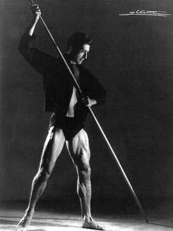 Victorio in contemporary Ballet
