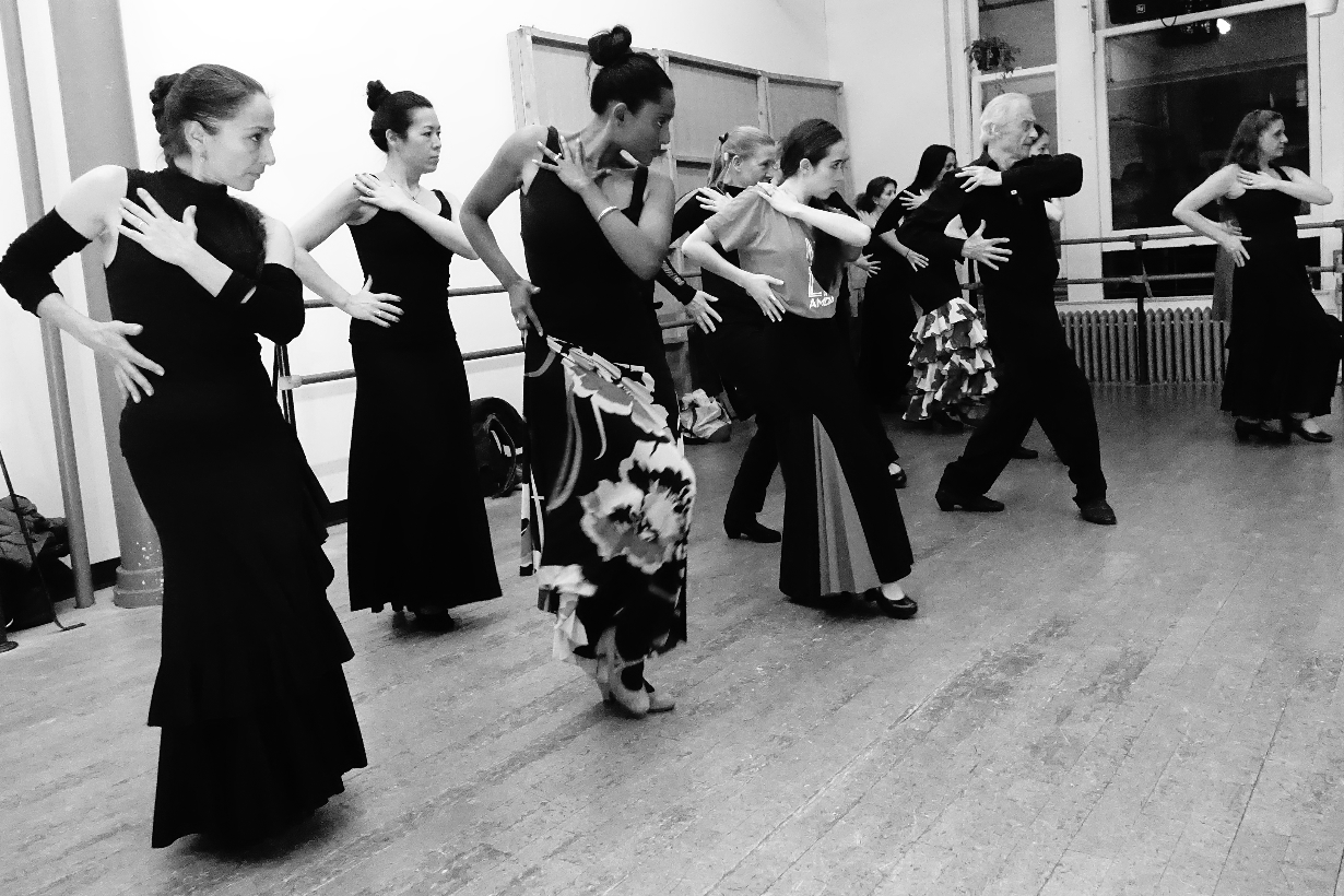 Victorio Teaching Flamenco