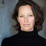 Carolyn Mullen Headshot.jpg