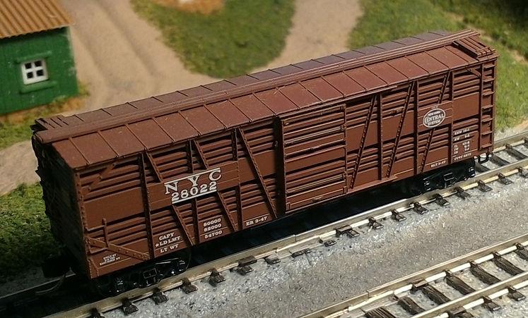 Micro-Trains 40' stock car.jpg