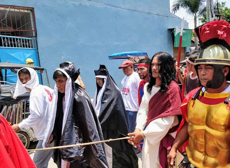 PHILIPPINES. Crucifixion in the Philippines. Yes, it's a thing.