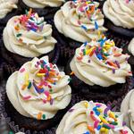 Chocolate-Vanilla Cupcake
