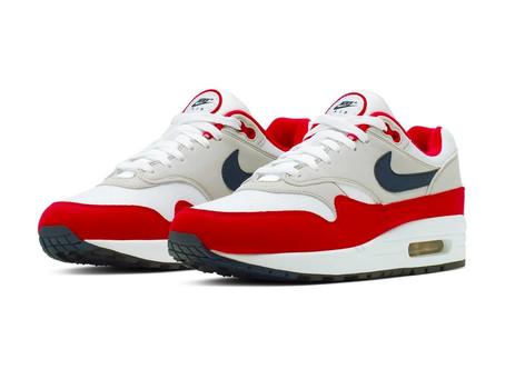 Kaepernick Checks Nike For Racist Shoe Release