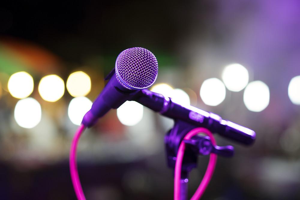 Sing microphone choir