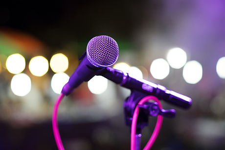 mikrofon på scenen