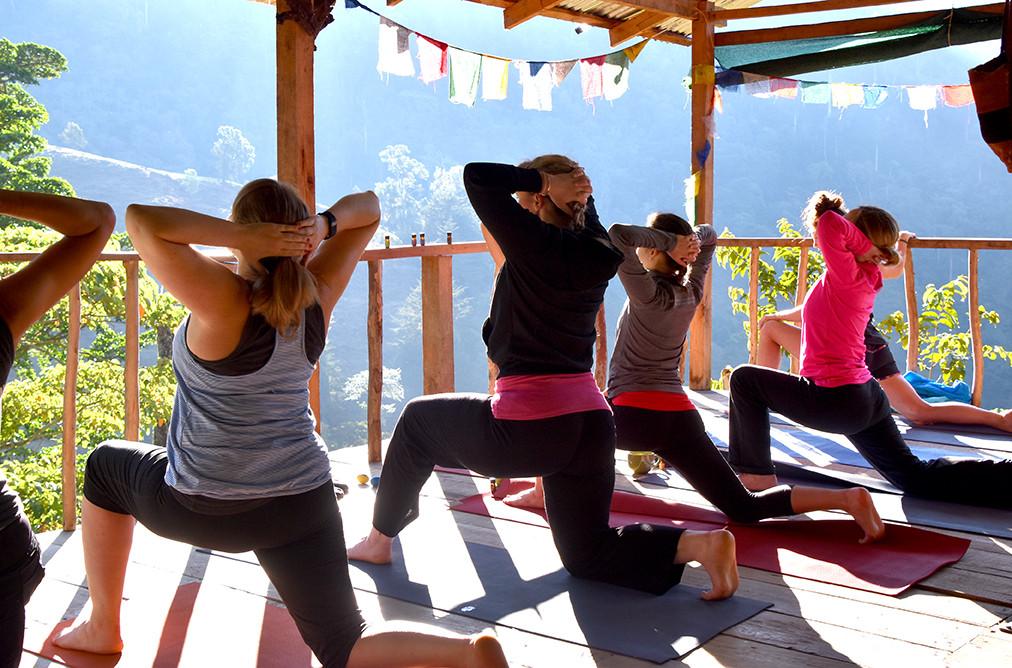 Chakra CR Yoga02.JPG