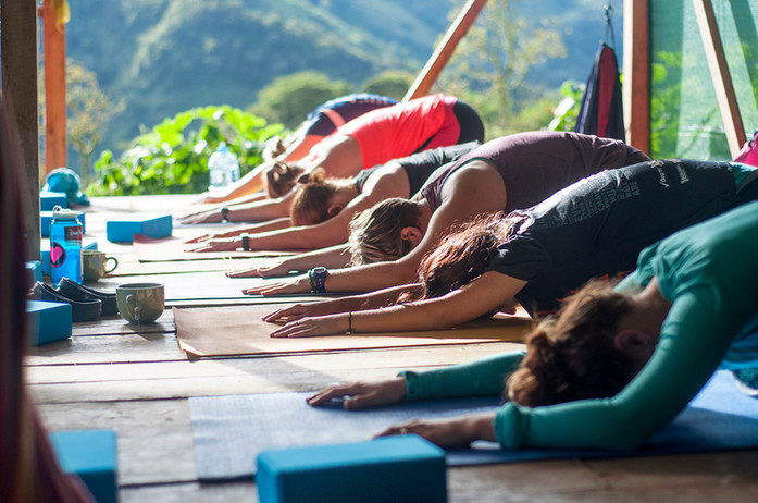 Chakra CR Yoga03.jpg
