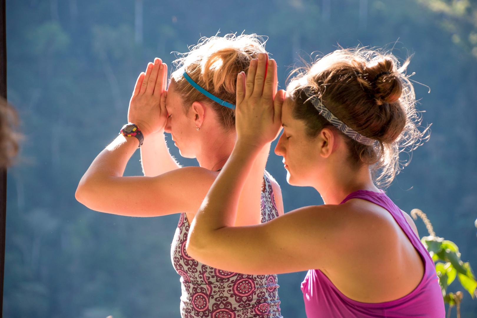Chakra CR Yoga07.jpg