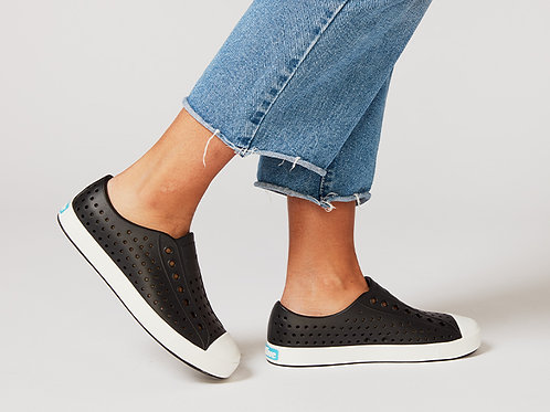 NATIVE SHOES JEFFERSON CLASSIC SLIP ON