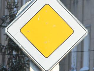 На городских дорогах появятся новые дорожные знаки