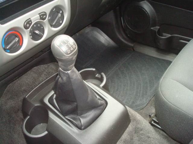 2009 Chevy Colorado shift