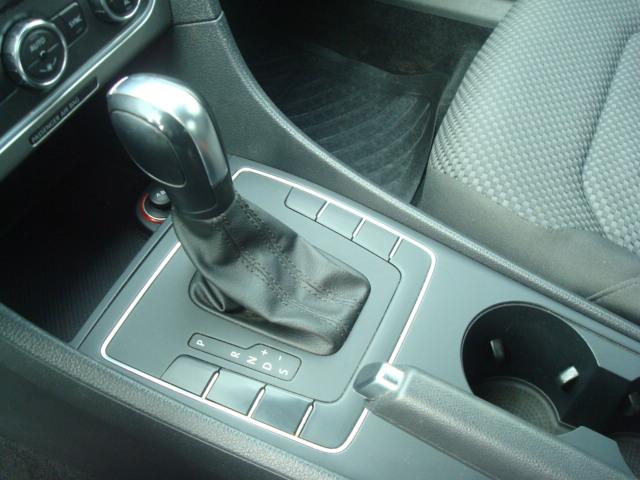 2012 VW Passat shift