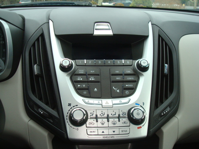 2011 Chevy Eq radio