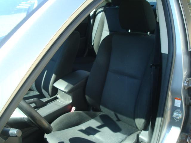 2011 Mazda 3 seat