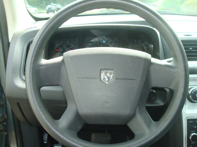 2010 Dodge Journey steering