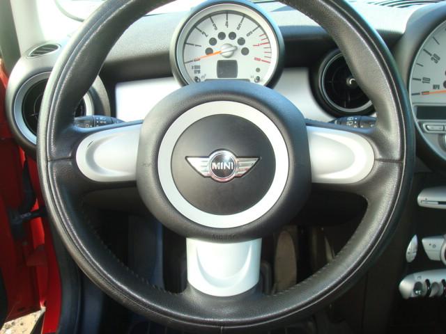2007 Mini Cooper steering