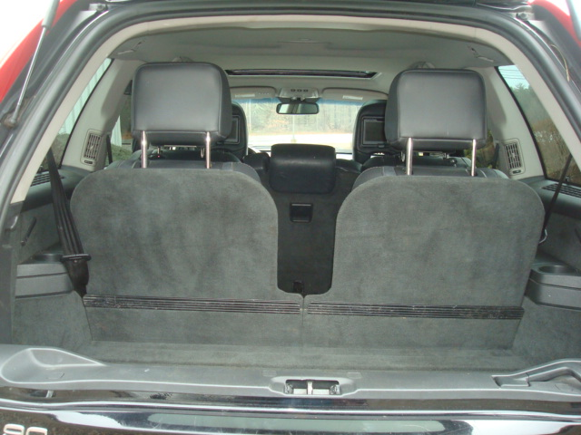 2009 Volvo XC90 tail up