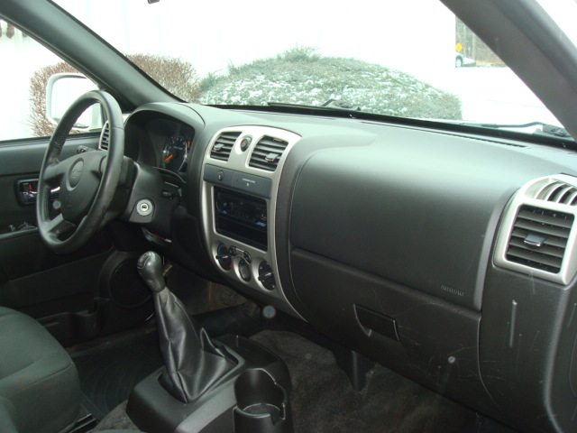2009 Chevy Colorado dash