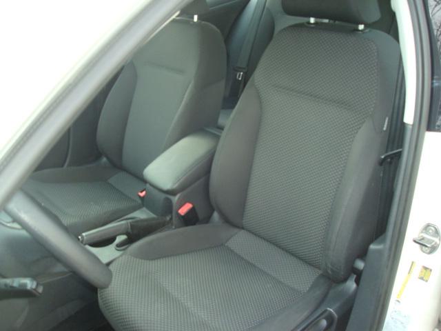 2013 VW Jetta seat