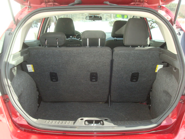 2013 Ford Fiesta tail up