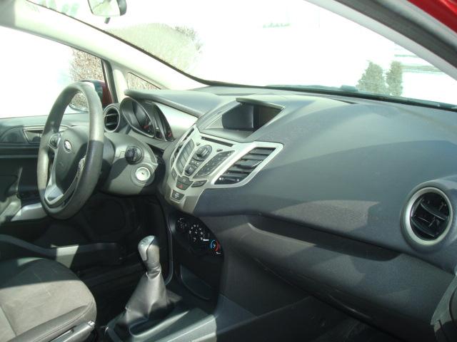 2013 Ford Fiesta dash