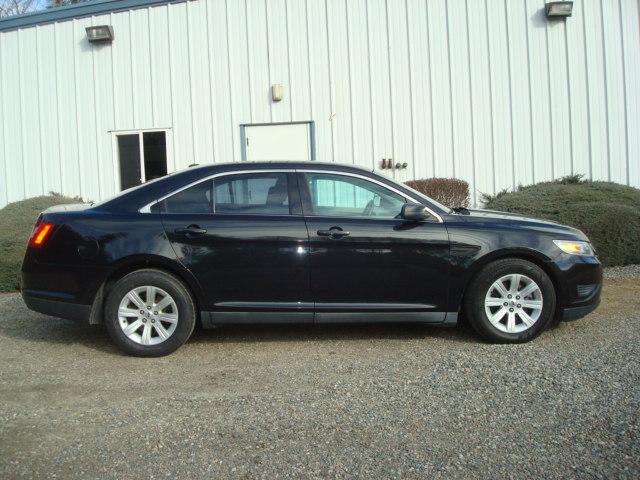 2010 Ford Taurus 2