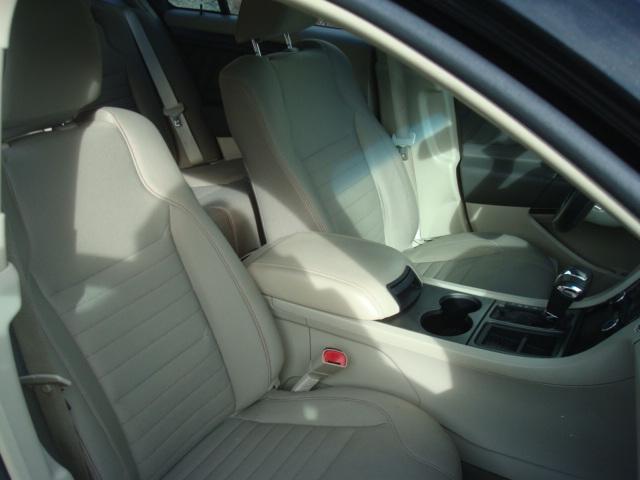 2010 Ford Taurus pass seat