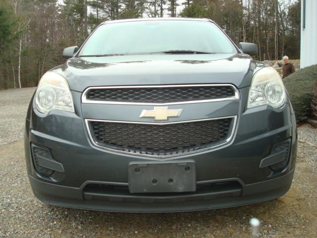 2011 Chevy Equinox hood