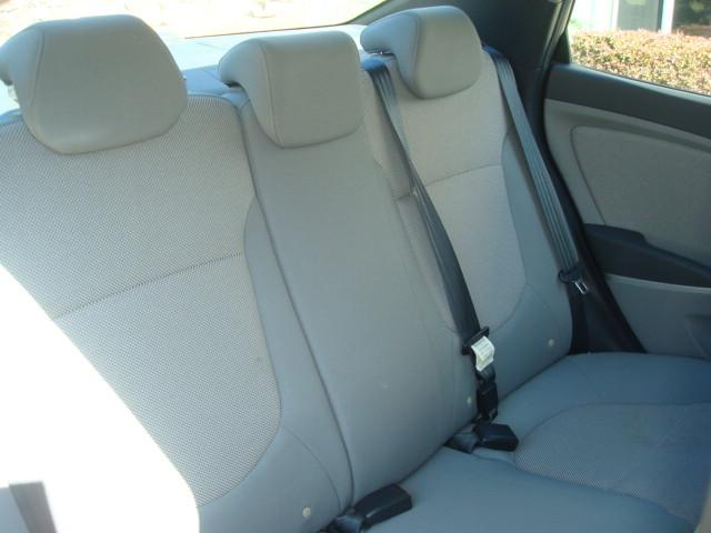 2012 Hyundai Accent rear seats