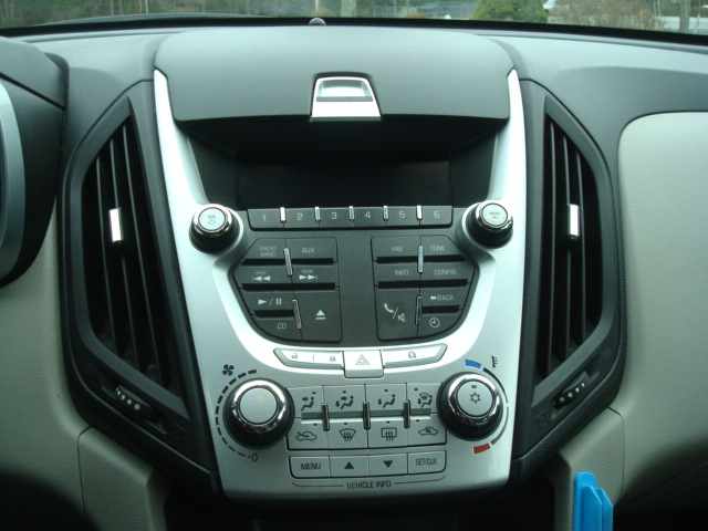 2011 Chevy Equinox radio