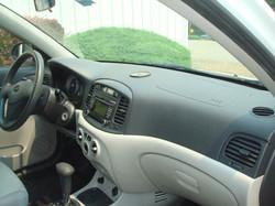 2009 Hyundai Accent dash
