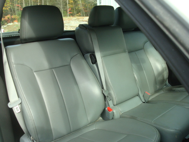 2011 Ford F-150 pass seat