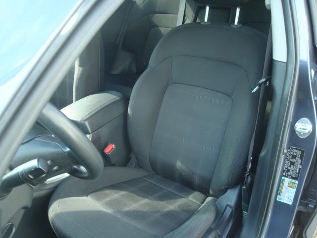 2011 Kia Sportage seat