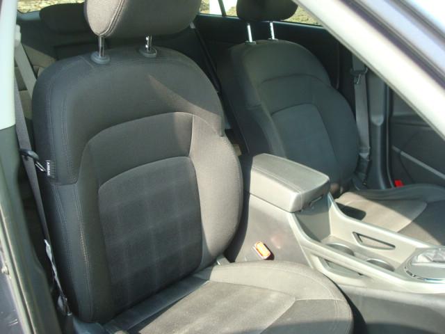 2011 Kia Sportage pass seat