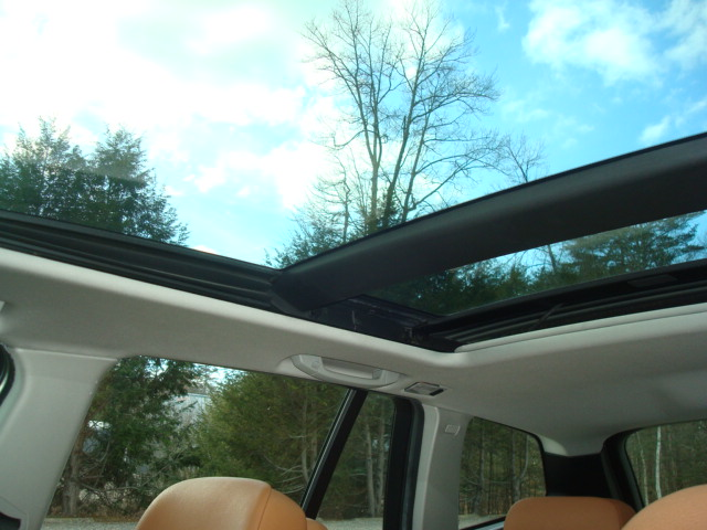 2010 BMW X3 panoramic sunroof