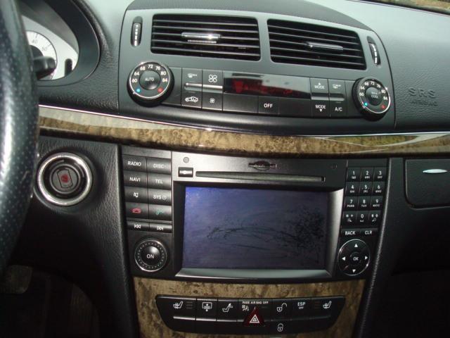 2009 Merce4des E-350 radio