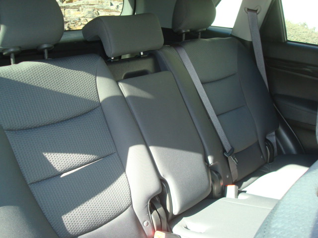 2012 Kia Sorento rear seats